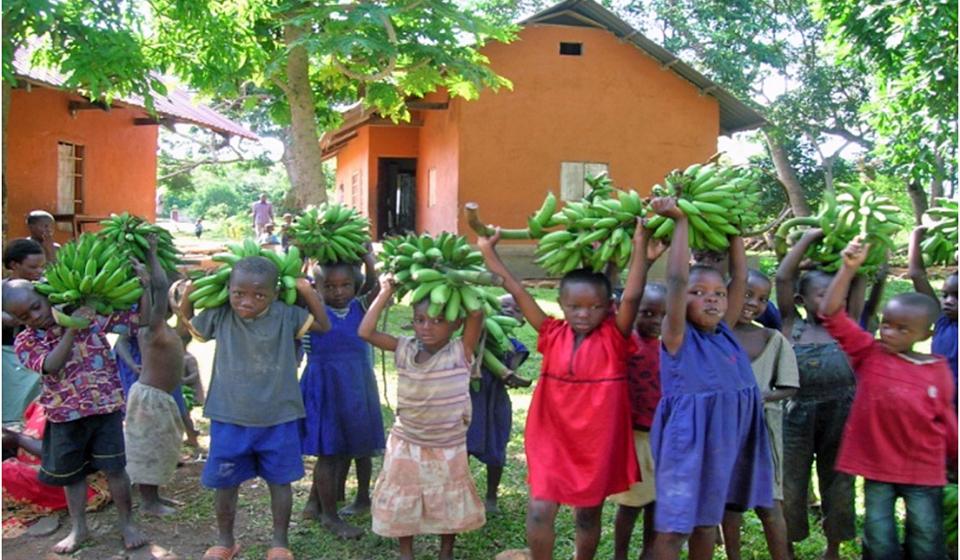 lesperance-kinderhilfe-hilfsprojekt-uganda-2